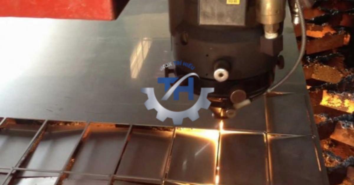 Gia công inox CNC là gì?