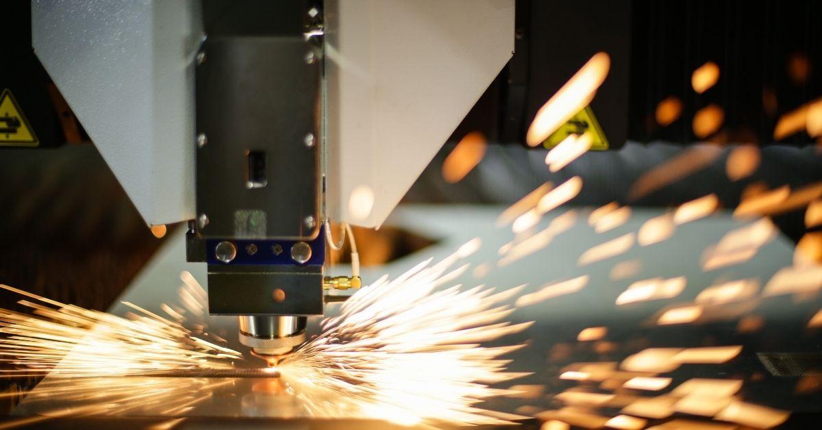 Đầu cắt laser là gì? Đầu cắt ảnh hưởng như thế nào đến chất lượng máy cắt laser?
