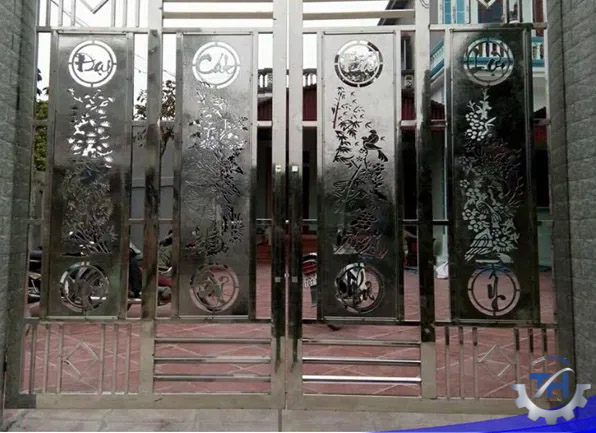 gia công tấm inox làm cửa cổng