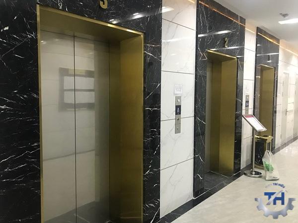 gia công tấm inox làm thang máy